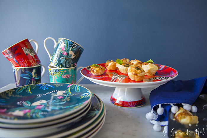 Sara Miller London Portmeirion Tahiti collection, cake stand, plate, mug