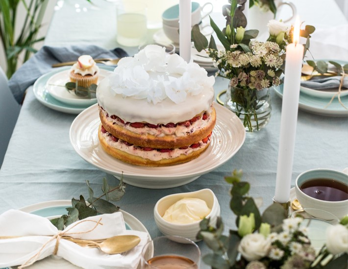How to create a beautiful afternoon tea setting